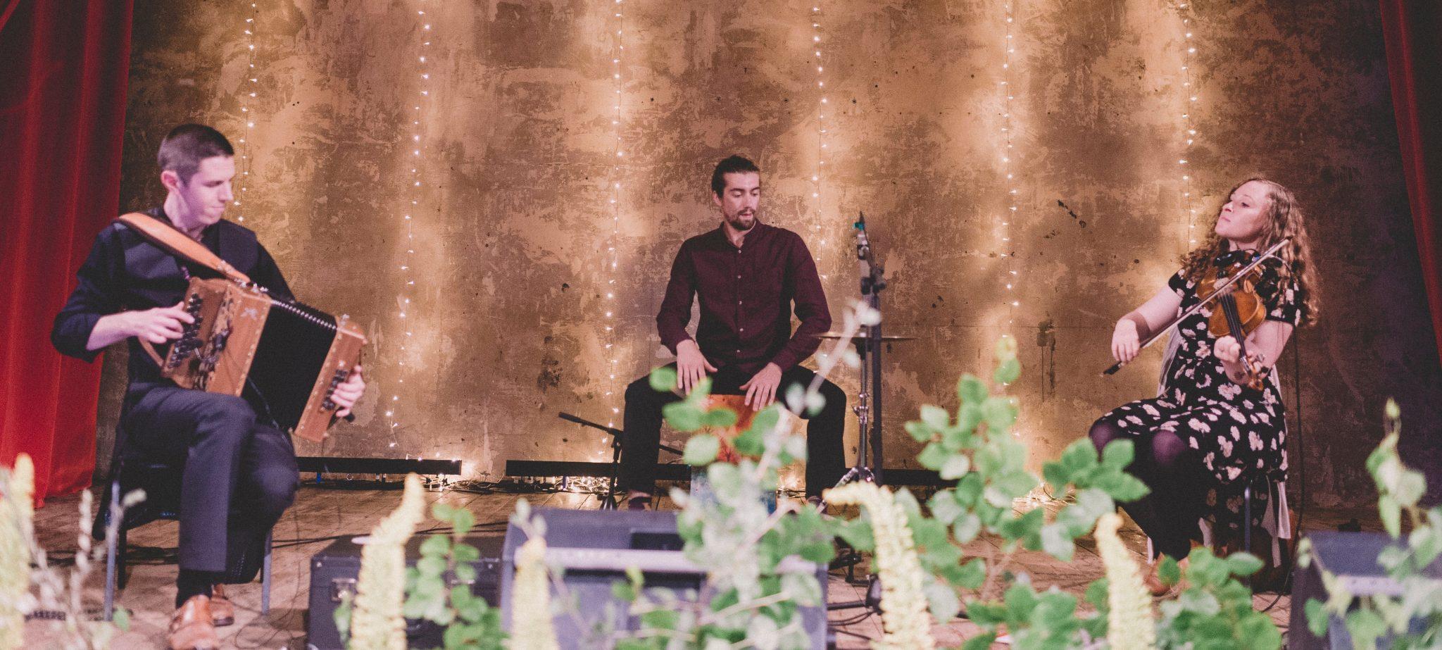 View More: http://razialife.pass.us/jen-and-andrews-wedding-wiltonmusichall
